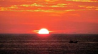 321px-SunsetHikkaduwa-April2012.jpeg