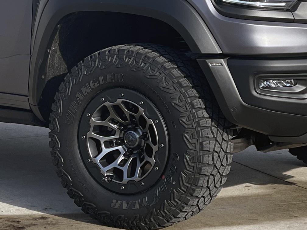Truck-Wheel.jpg